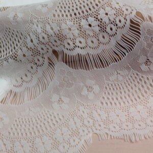 Кружевное полотно шантильи (реснички) белое