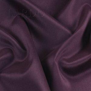Подкладочная ткань стретч тёмно-брусничная Италия Состав: вискоза 50 %, синтетические волокна 44 % ,эластан 6 % Плотность ≈ 95 г/м ² Ширина 136 см