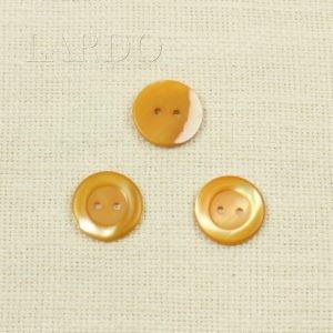 Пуговица перламутр жёлтый ∅ 2,2 см