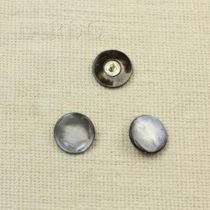 Пуговица перламутр серый, ножка металл, ∅ 2 см