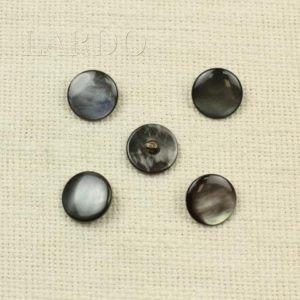 Пуговица перламутр серый ∅ 1,8 см