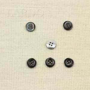 Пуговица перламутр тёмно-серый ∅ 1,1 см