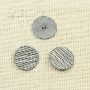 Пуговица белая металл ∅ 2,7 см