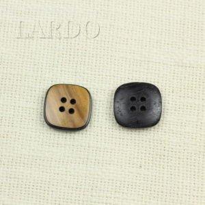 Пуговица квадратная деревянная 2,3 см * 2,3 см