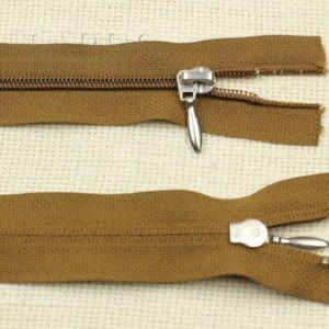 Молния YKK разъёмная, однозамковая, 55 см, №3, коричневая
