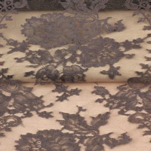 Кружево SOLSTISS приглушённо-фиолетово-коричневый шир. 31 см