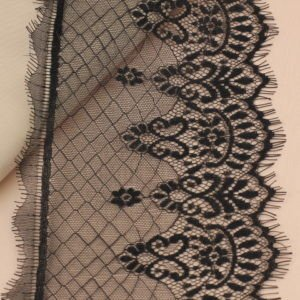 Кружево шантильи чёрное шир. 15 см