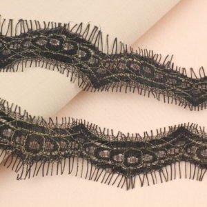 Кружево шантильи чёрное шир. 3 см