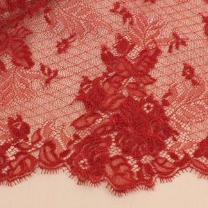 Кружево шантильи красное шир. 24 см