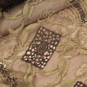 Кружево шантильи коричнево-золотистое шир. 27 см
