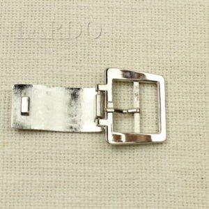 Пряжка золотистая подкова, металл 7 см х 4,4 см