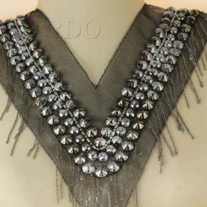 Воротник пришивной на сетке расшитый металлизированными бусинами и цепью