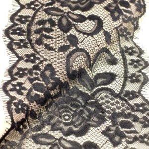 Кружево шантильи чёрное шир. 16 см