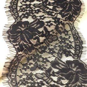 Кружево шантильи чёрное шир. 14 см
