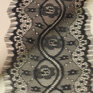 Кружево шантильи чёрное шир. 13 см