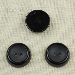 Пуговица пластик   ∅ 3,3 см чёрная