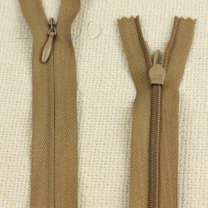 Молния ПОТАЙНАЯ OPTI неразъёмная, однозамковая, 70 см, №3, светло-коричневая