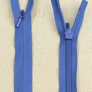 Молния ПОТАЙНАЯ YKK неразъёмная, однозамковая, 70 см, №3, синяя