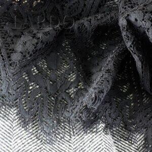 068 костюмно-пальтовая шерсть в ёлочку/кружевное полотно