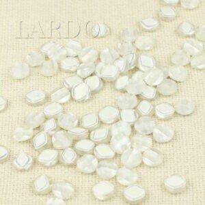 Пуговица пластик ∅ 1,2 см, белая перламутровая