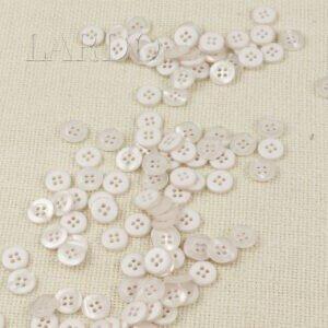 Пуговица  пластик ∅ 1,3 см, белая