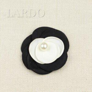 Нашивка Цветок чёрно-белый с жемчужиной