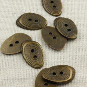 Пуговица овальная пластик ∅ 4,5 см, бронзового цвета