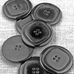 Пуговица пластик ∅ 5,0 см, чёрная