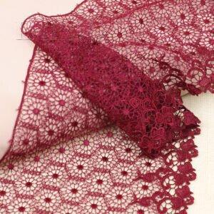 Кружево вишнёвого цвета, шир. 17,5 см