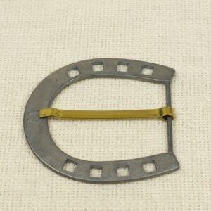 Пряжка AIGNER металл цвета тёмного никеля 7,5 см x 7,0 см