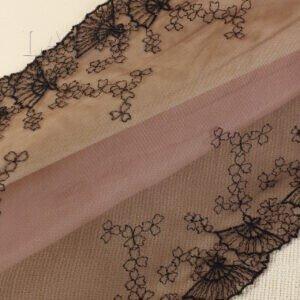 Кружево коричневого цвета, шир. 23 см