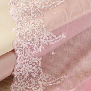 Кружево розового цвета с белым рисунком, шир. 23 см