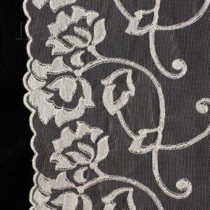 Кружево молочного цвета с цветами, шир. 16 см
