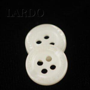 Пуговица Harmon & Blaine пластик ∅ 1,2 см, молочного цвета