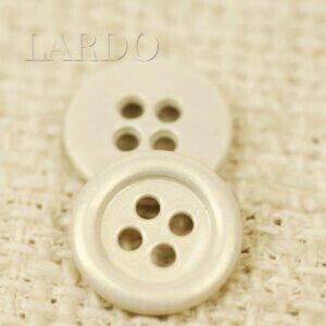 Пуговица металл ∅ 1,2 см молочного цвета