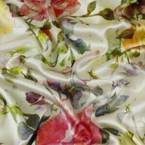 Атлас стретч шёлковый розы Alta Moda Италия Состав: шёлк  95 %, эластан 5 % Плотность ≈ 75 г/м ² Ширина 132 см