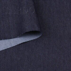 Джинс стретч тёмно-синий смесовый Италия Состав: хлопок 70 %, п/э 25 %, эластан 5 % Плотность ≈ 385 г/м ² Ширина 136 см
