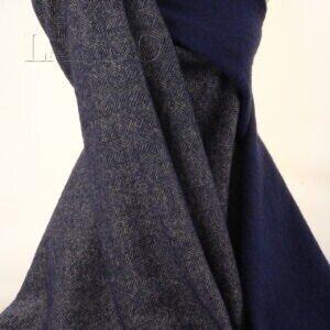 Лоден двусторонний синий/сине-бежевая ёлочка  Италия  Состав: шерсть 70 %, синтетические волокна 30 %  Плотность ≈ 285 г/м ²  Ширина 150 см