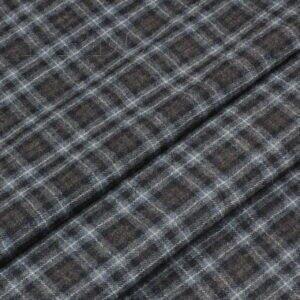 Шерсть костюмная в серо-синюю клетку Италия Состав: шерсть 100 % Плотность ≈ 175 г/м ² Ширина 160 см