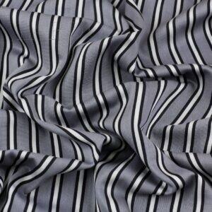 Хлопок серый с голубым оттенком в полоску Италия Состав: хлопок 100 % Плотность ≈ 145 г/м ² Ширина 156 см