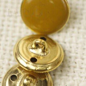 Пуговица на ножке металл пластик светло-коричневая ∅ 1,5 см золотистого цвета