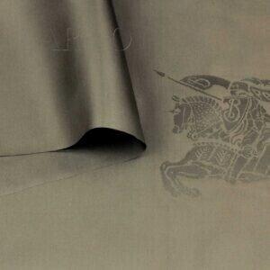 """Подкладочная ткань жаккард светлый хаки """"всадник рыцарь"""" Италия Состав: вискоза 90 %, ацетат 10 % Плотность ≈ 85 г/м ² Ширина 140 см"""